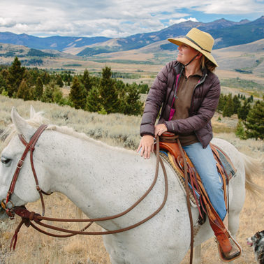These Montana ranchers are helping grizzlies, wolves and cattle coexist