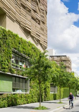 Clichy-Batignolles green wall