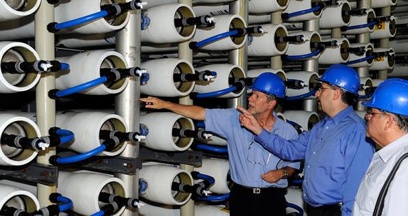 Ambassador Daniel Shapiro visited and toured the Hadera Desalination Plant